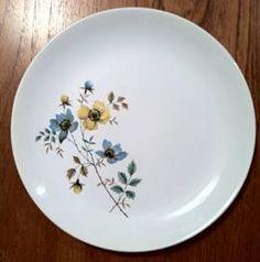 Crown Lynn Potteries Ltd, West Auckland, NZ. Dinner Plates For Sale, Auckland, Decorative Plates, Porcelain, Pottery, Crown, Dishes, History, Glass