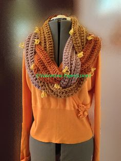 Cowl in Three Colors by ©Valentina Cirasola