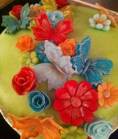 Close up Celebration Cakes, Birthdays, Birthday Cake, Tableware, Christmas, Painting, Shower Cakes, Birthday, Birthday Cakes