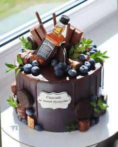 Birthday Cake Roses, Birthday Cake For Him, Birthday Sheet Cakes, Creative Birthday Cakes, Elegant Birthday Cakes, Creative Cakes, Easy Cake Decorating, Birthday Cake Decorating, Liquor Cake