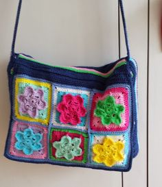 Crochet messenger bag #crochet #crochetbag #haken