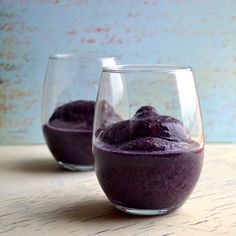 Blueberry Cobbler Smoothie - tastes exactly like dessert without the empty calories or fat!  From Taste Love and Nourish