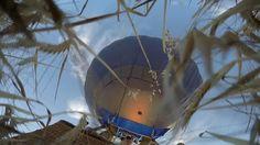 Aunque los globos no se pueden dirigir si se pueden controlar, como vemos en este vídeo el piloto lleva el globo hasta rozar el trigo antes de remontar de nuevo el vuelo. ¡Vuela tu aventura! con #siempreenlasnubes