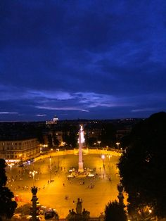 View of Piazza del Popolo from the Borghese Gardens in #Rome. #travel #italy
