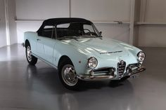 1965 Alfa Romeo Giulia Spider Veloce 1600..Re-pin brought to you by #OregonInsuranceagents at #houseofinsurance in #EugeneOregon