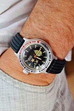 Vostok Komandirskie KGB Diver Amphibian Waterproof USSR Soviet Russian Men's Watch with new rubber black strap