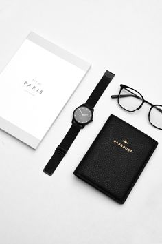 Travel Essentials | Our Theory Of Watch in matte black with mesh strap | Get 10% off