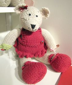 Lilly Ladybird Bear Knitting Pattern by The Haby Goddess