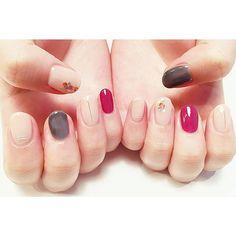 meikadohara_デザインで共感できる嬉しさはいつになっても変わらないですねありがとうございました . #nail #nailart #shortnail #nails #design #naildesign #ジェルネイル #ネイル #ショートネイル #ネイルデザイン
