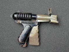 Dear Santa,  All i want for Christmas is a ray gun!                                            - Tim
