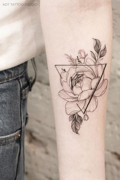 Tattoo for girls. More tattoos and sketch . Tattoo for girls. More tattoos and sketch … # for # peonies # tat - Mini Tattoos, Sexy Tattoos, Black Tattoos, Body Art Tattoos, Small Tattoos, Sleeve Tattoos, Tattoos For Women, Feather Tattoos, Insane Tattoos