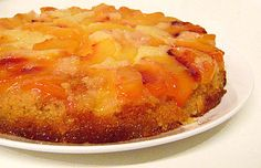 Gâteau Renversé aux Nectarines: I would make this if I knew French!