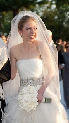 The Best Dressed Celebrity Brides of All Time - Chelsea Clinton - from InStyle.com Celebrity Wedding Photos, Celebrity Wedding Dresses, Celebrity Weddings, Chelsea Clinton Wedding, Chelsea Wedding, Formal Wedding, Wedding Bride, Wedding Gowns, Wedding Stuff
