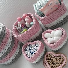 Diy Crafts - Free,Images-Crochet For Beginners Clothes Free Images million stunning wwwrestoremajori 1 million+ Stunning Free Images to Use Anyw Crochet Storage, Crochet Box, Crochet Basket Pattern, Knit Basket, Crochet Purses, Knit Crochet, Crochet Patterns, Diy Crafts Crochet, Crochet Gifts