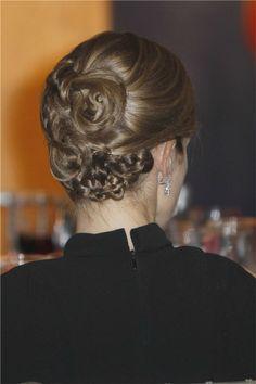 Queen Letizia of Spain Mane Event, Crown Princess Mary, Queen Letizia, About Hair, Curls, Hair Makeup, Braids, Hair Beauty, Hairstyle