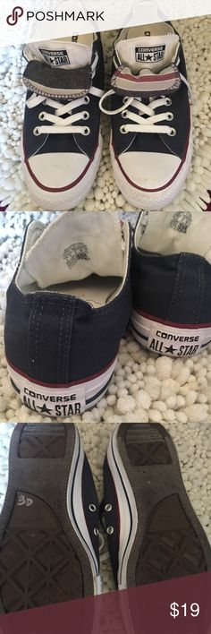 Navy Converse All Star Converse all-star women's size 8 men's size 6 ... gently worn.... Excellent condition Converse Shoes Sneakers