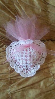 Crochet Sachet, Crochet Gifts, Crochet Motif, Crochet Doilies, Crochet Flowers, Crochet Baby, Mode Crochet, Crochet Wedding, Crochet Stitches Patterns