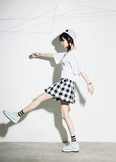 Faldas, cuadros, zapatos, nike, blusas, fashion, blanco, negro, gorras