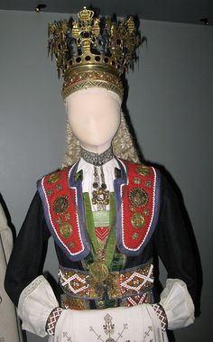 elegant bride in one of Norway's fabulous, regional traditional dresses. Found in the permanent exhibit of Norwegian folk art at the Norsk Folkemuseum in Oslo. Folk Costume, Costumes, Norway Viking, Wedding Bride, Wedding Crowns, Elegant Bride, Bridal Crown, Traditional Dresses, Headdress
