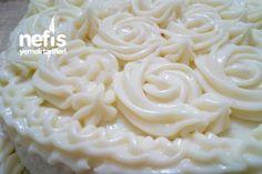 Dış Süsleme İçin Pasta Kreması Tarifi nasıl yapılır? 2.856 kişinin defterindeki bu tarifin resimli anlatımı ve deneyenlerin fotoğrafları burada. Yazar: Zeynep Eryavuz