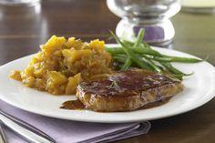 Une simple glace qui donne de la saveur à la viande et au plat d'accompagnement rend si facile la préparation d'un repas pour deux !