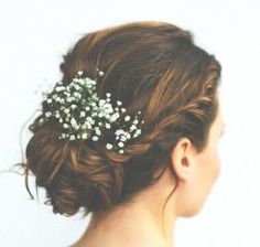 Come to the wedding hair experts in Calne for all your wedding hair inspiration. We look at classic up-dos and boho down-do's.