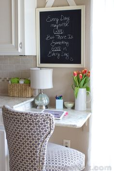 beautiful paint and desk office home office Built-in Kitchen Desk as extension of countertops! 8 great ideas for your home office Kitchen Decor, Kitchen Redo, New Kitchen, Built In Desk, Small Spaces, Home Kitchens, Home Diy, Kitchen Desks, Kitchen Desk Areas