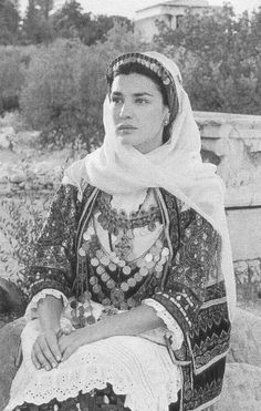 Classic Greek beauty, actress and former Olympic priestess, Maria Nafpliotu in a greek traditional costume. Photographed by famous photographer Calliopi Greek Traditional Dress, Traditional Outfits, Greek Dancing, Kai, Empire Ottoman, Greek Culture, Albanian Culture, Greek Beauty, Greek History