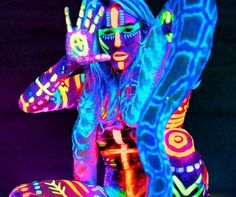 Stand out from the crowd of weirdos at Burning Man with a crazy outfit courtesy of some glow in the dark body paint. You'll be able to unleash your imagination and create jaw-dropping luminescent designs that won't fade as you dance and sweat the night away.