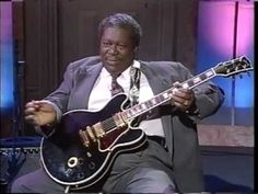 BB King - Guitar Lesson - BB's Vibrato, Bending and Stretching with BB