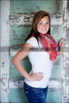 I really like this senior picture. ♡