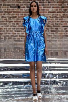 Dorothee Schumacher Spring/Summer 2017 Ready-To-Wear Collection | British Vogue