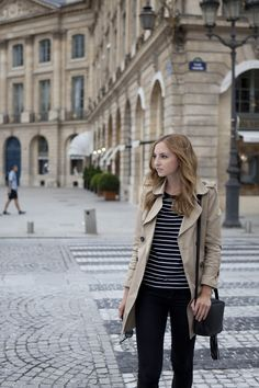 Travel fashion outfit for Paris or London in the spring or fall.