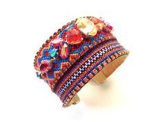 SALE Swarovski friendship bracelet por distinguishedjewelry