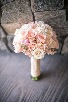 Wedding Bouquets: Pink Roses and Cream Roses