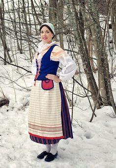 Folk Clothing, Bride Of Christ, Folk Costume, Christian Women, Altars, Finland, Fireplaces, Women Wear, Blessed