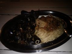 Mushels with Spaghetti Spaghetti, Ethnic Recipes, Food, Meal, Eten, Meals, Noodle