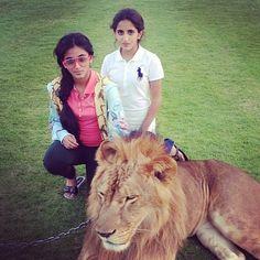 Salama MRM y Shamma MRM Sheikh Mohammed, Salama, Dubai, Middle East, Womens Fashion, Royals, Cute, Families, Swag