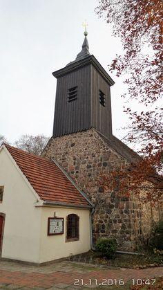 Die evangelische Dorfkirche Lichterfelde im heutigen Berliner Ortsteil Lichterfelde ist eine der über 50 Dorfkirchen in Berlin. Die erste einfache Saalkirche, in der ersten Hälfte des 14. Jahrhunderts aus weniger sorgfältig bearbeiteten Feldsteinquadern errichtet, wurde im Dreißigjährigen Krieg schwer beschädigt. 1701 wurde die Kirche als Putzbau wiederhergestellt. Sie erhielt einen Fachwerk-Dachturm, der 1735 verändert wurde.