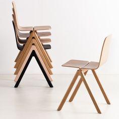 Hay Design Copenhague Stuhl Chair by Ronan & Erwan Bouroullec  Leicht, stapelbar, stylisch. Und aus Holz. Könnte ein Favorit werden.