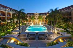 Sofitel Cartagena Santa Clara    Republican area and pool view - Area republicana y vista de la piscina