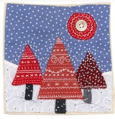 Hi everyone! I just wanted to let you all know that I have a Christmas themed workshop at the lovely Twizzle Art Gallery at Walton-on-Naze on the 28th October, if you'd like to come please email admin@thetwizzlegallery.co.uk or ring 01255 676411 xx Christmas Patchwork, Christmas Cushions, Christmas Applique, Christmas Sewing, Christmas Fabric, Handmade Christmas, Christmas Projects, Christmas Themes, Christmas Crafts