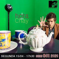 """O ator e cantor Chay Suede agora é o mais novo VJ da MTV. Feito para agradar novos e antigos fãs da MTV. O programa """"Hora do Chay"""" será uma mistura Talk Show com Vídeo Show. Com a música em primeiro plano e mostrando tudo que vai rolar na programação e também as pérolas e raridades do arquivo da MTV.     """"Tratando de música, o programa deixaria o Youtube com inveja!"""" , brinca Chay.     E ai, gostou da novidade?     http://www.clarotv.br.com/"""