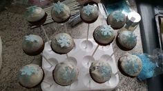 Schnelle Schoko-Cake-Pops aus dem Cakepopmaker, ein schönes Rezept aus der Kategorie Backen. Bewertungen: 2. Durchschnitt: Ø 3,8.