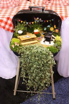 Garden Thyme with the Creative Gardener: Creative Fairy Garden Ideas...I have the Perfect grill for this idea!!!
