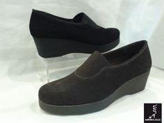 #Zapato piel ante con cuña. #TheFlexx para pies delicados. Aurora Mateo.