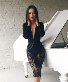 Vestidos Negros de Moda para lucir Glamurosa en un Día Especial - Wunderschöne frau - Sexy Dresses, Beautiful Dresses, Dress Outfits, Dress Up, Bodycon Dress, Prom Dresses, Clubbing Dresses, Casual Dresses, Sexy Lace Dress