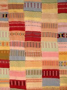 socks cuffs quilt, probably 1950's.  funny, i was just thinking the other day that i should be saving all my worn out handknit sock cuffs for something like this.