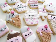 Kawaii and cute ice cream cookies. By Lille Kage Hus Kawaii Cookies, Cute Cookies, Cupcake Cookies, Mini Cookies, Ice Cream Cookies, Iced Cookies, Royal Icing Cookies, Ice Cream Theme, Ice Cream Party