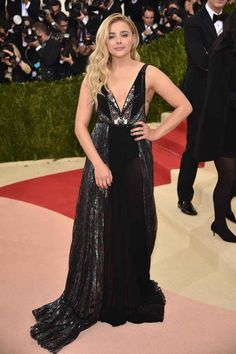 5a4bf8efe53 Here Are All The Amazing Looks From The 2016 Met Gala Red Carpet